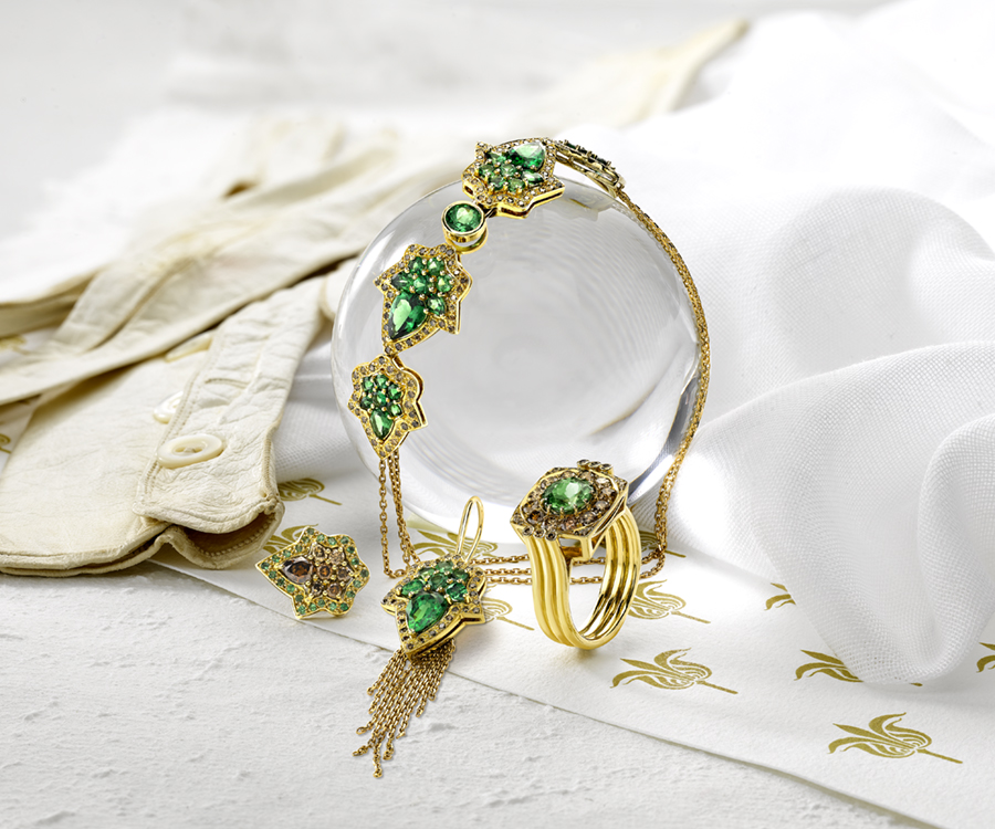 Boodles Emerald Greenfire Suite - Jewellery Photography